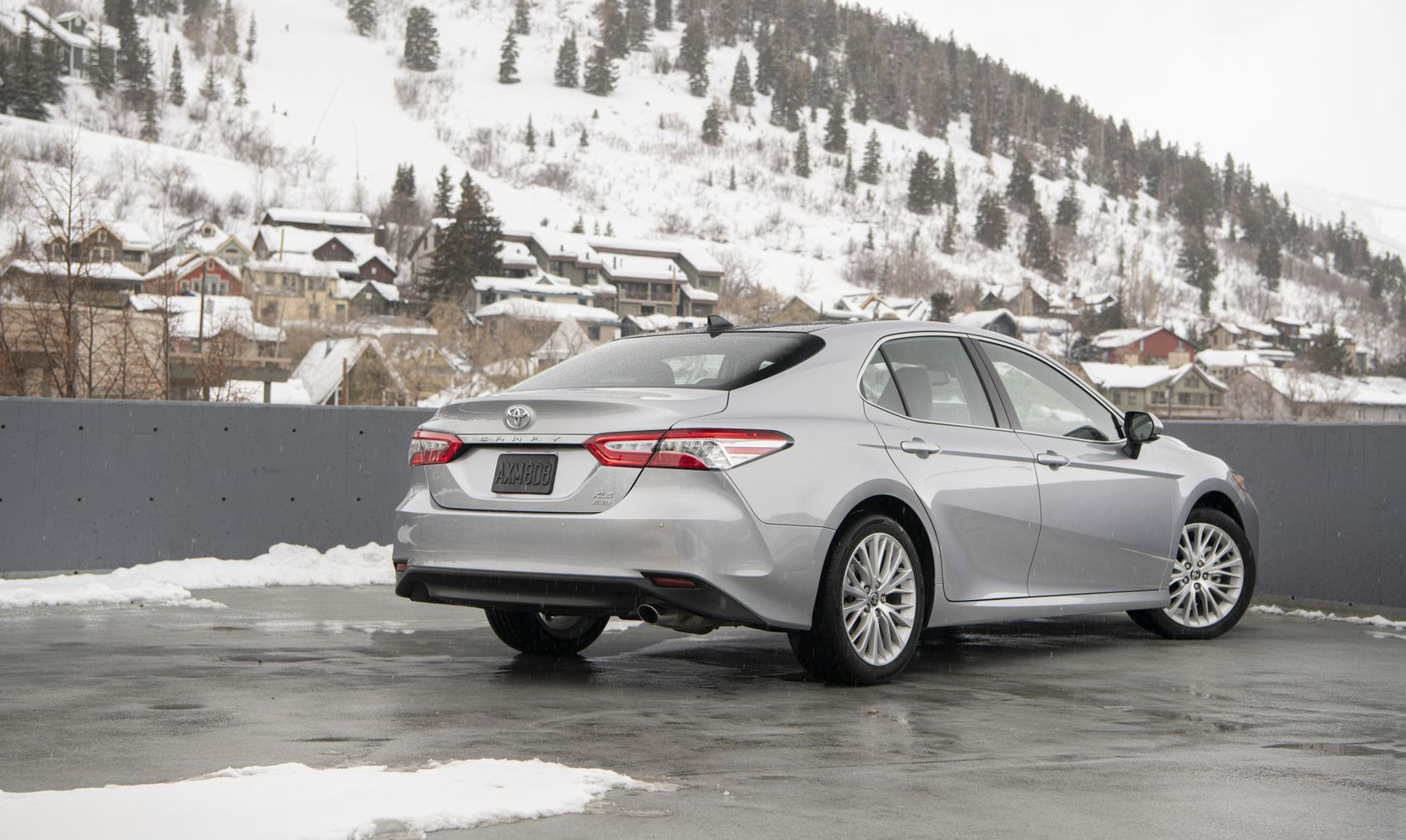 2020_Camry_XLE_AWD_Celestite-Silver_031-scaled