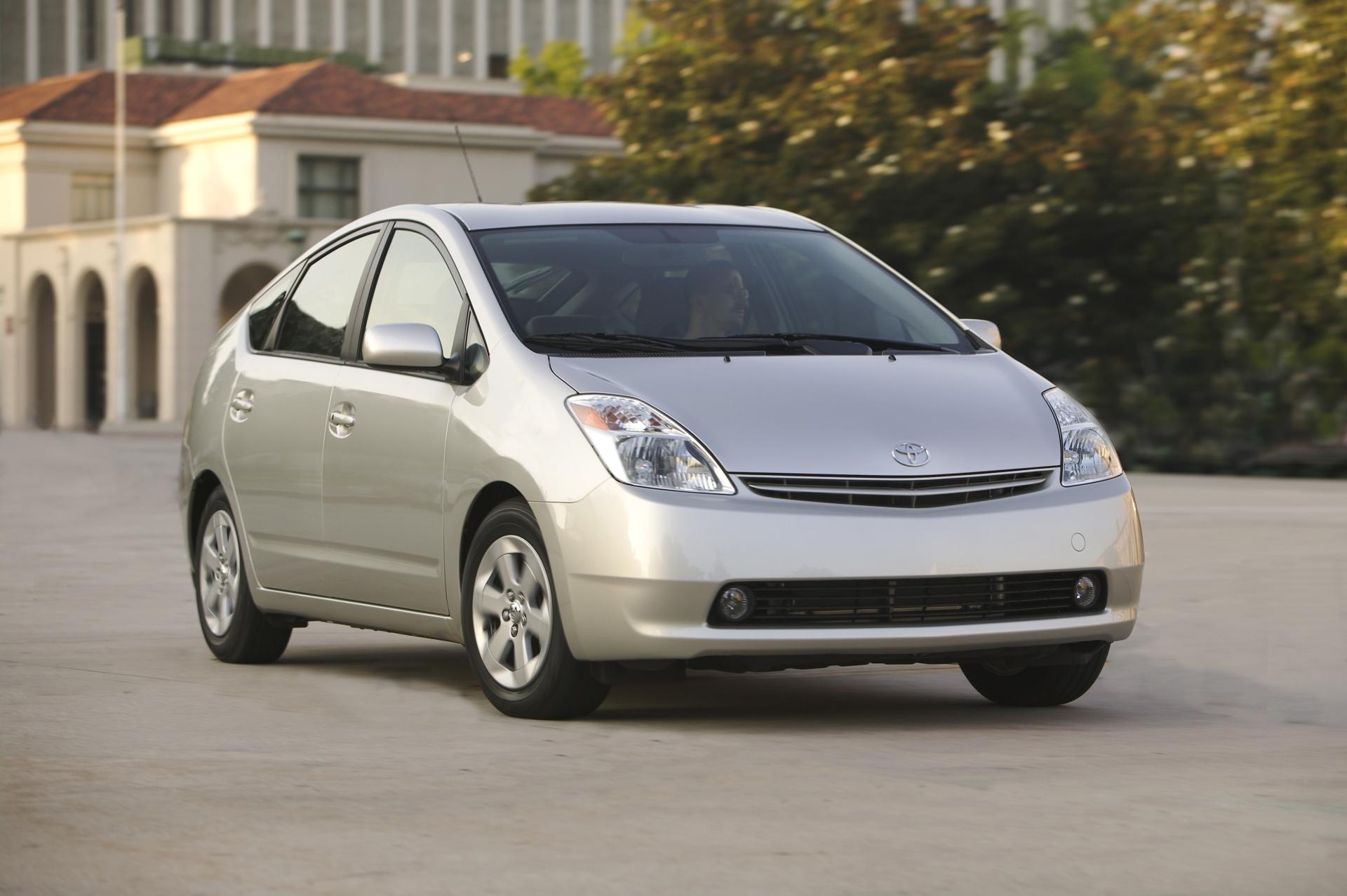 2004_Toyota_Prius