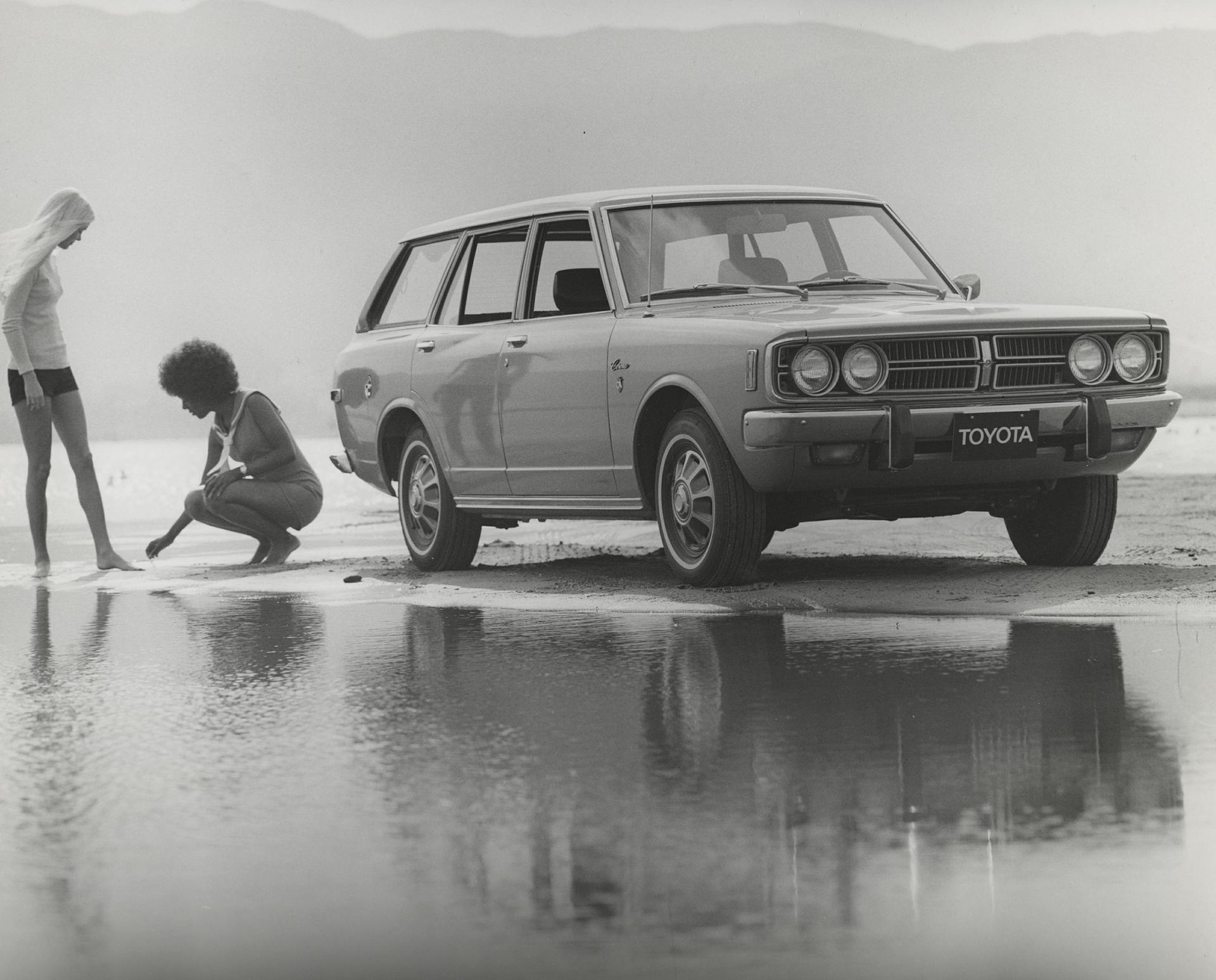 1998001_1973_Corona_Wagon-10