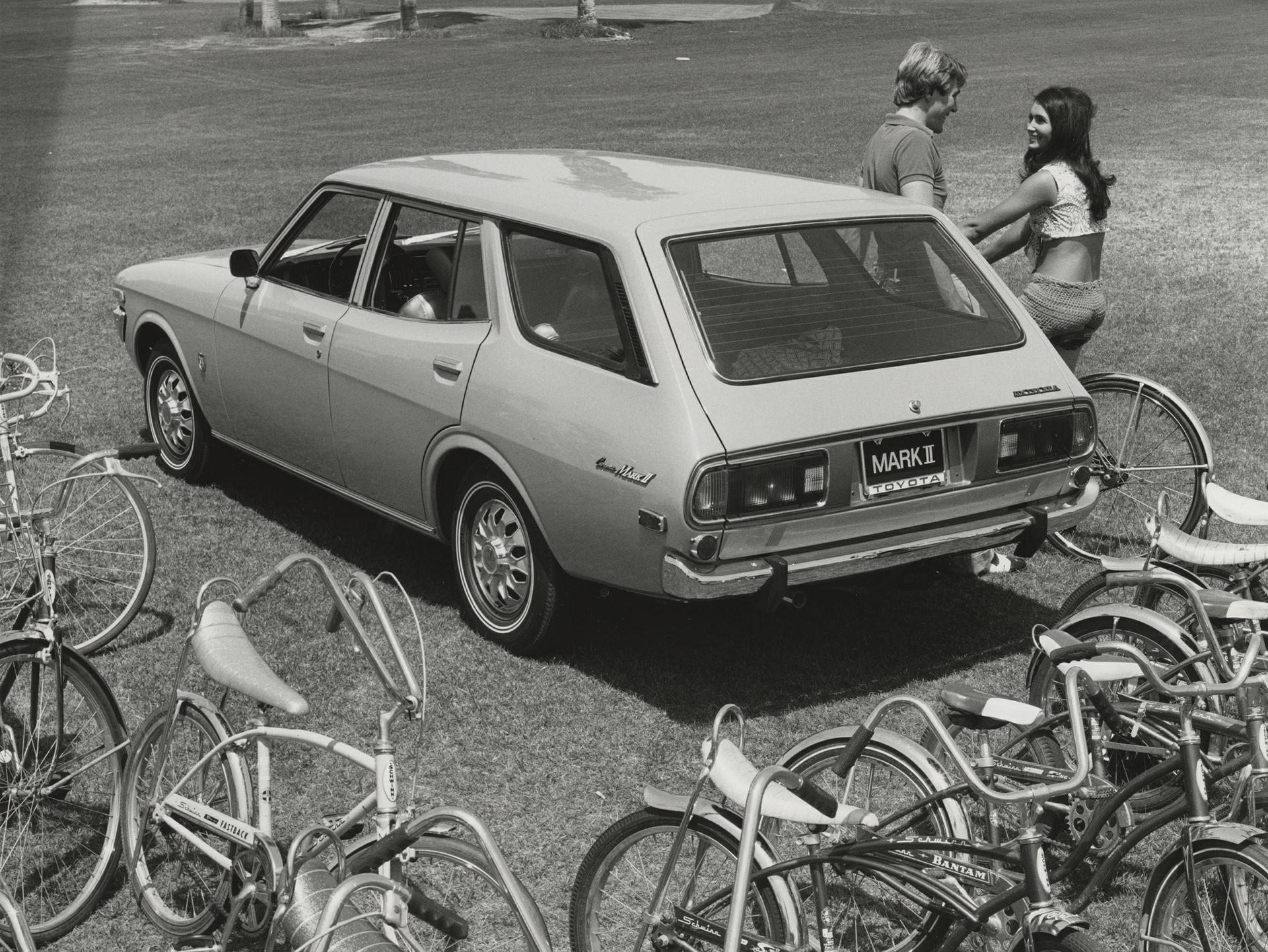 1998001_1973_MarkII_Wagon-3