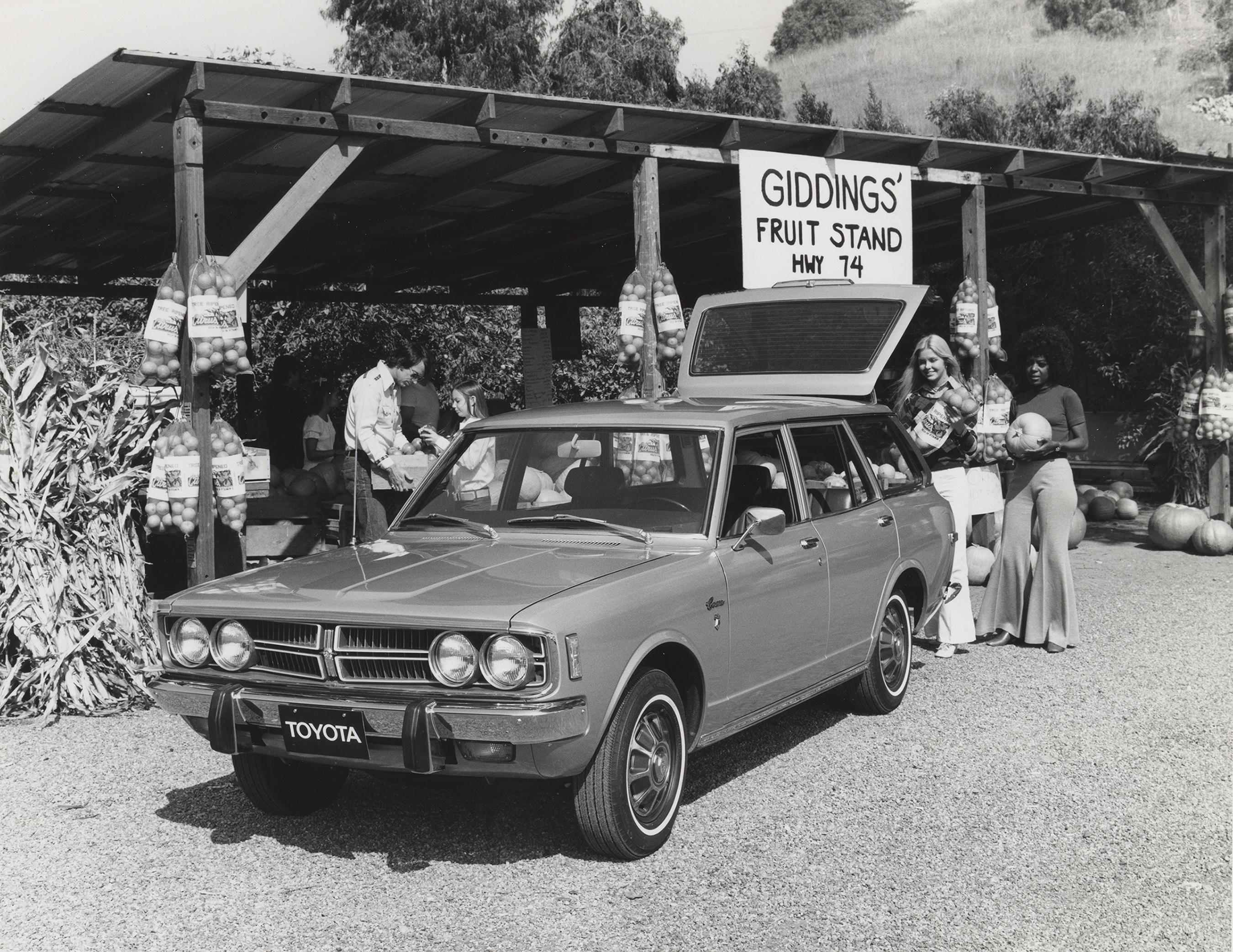 1998001_1973_Corona_Wagon-5