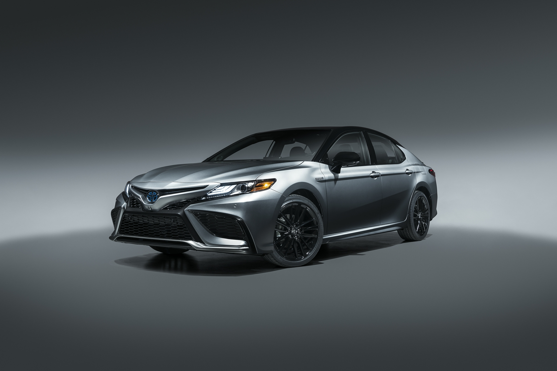 2021 Camry Hybrid XSE 1