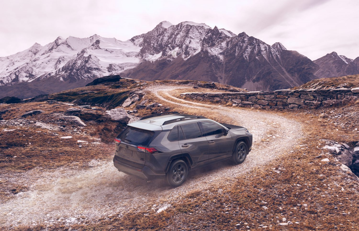 MAIN-IMAGE-2021_RAV4_TRD_Off_Road_08
