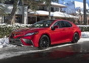 2021_Toyota_Camry_XSE_AWD-4