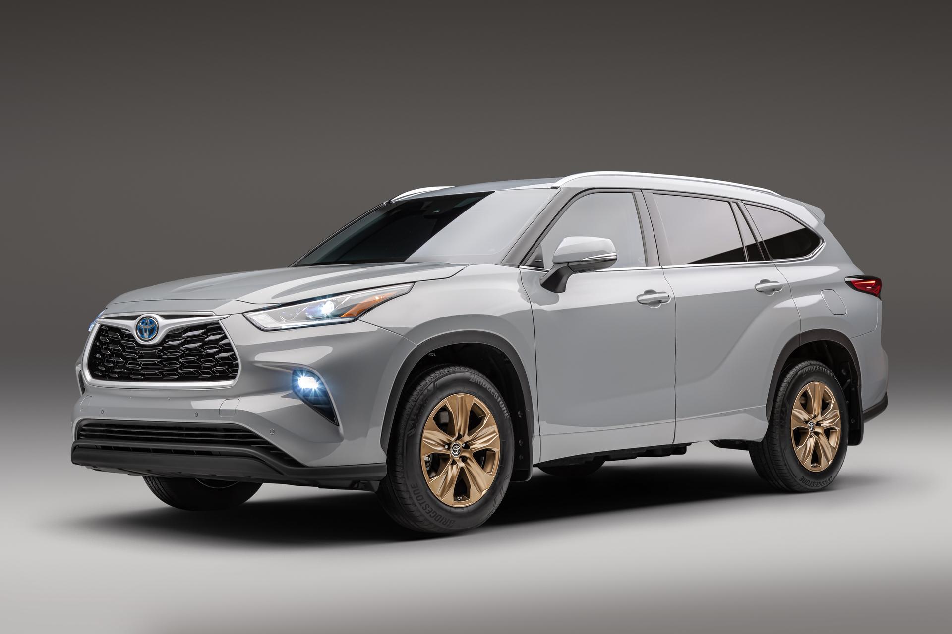 2022 Toyota Highlander Bronze 001-1