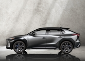 Toyota bZ4X Concept 2021 002