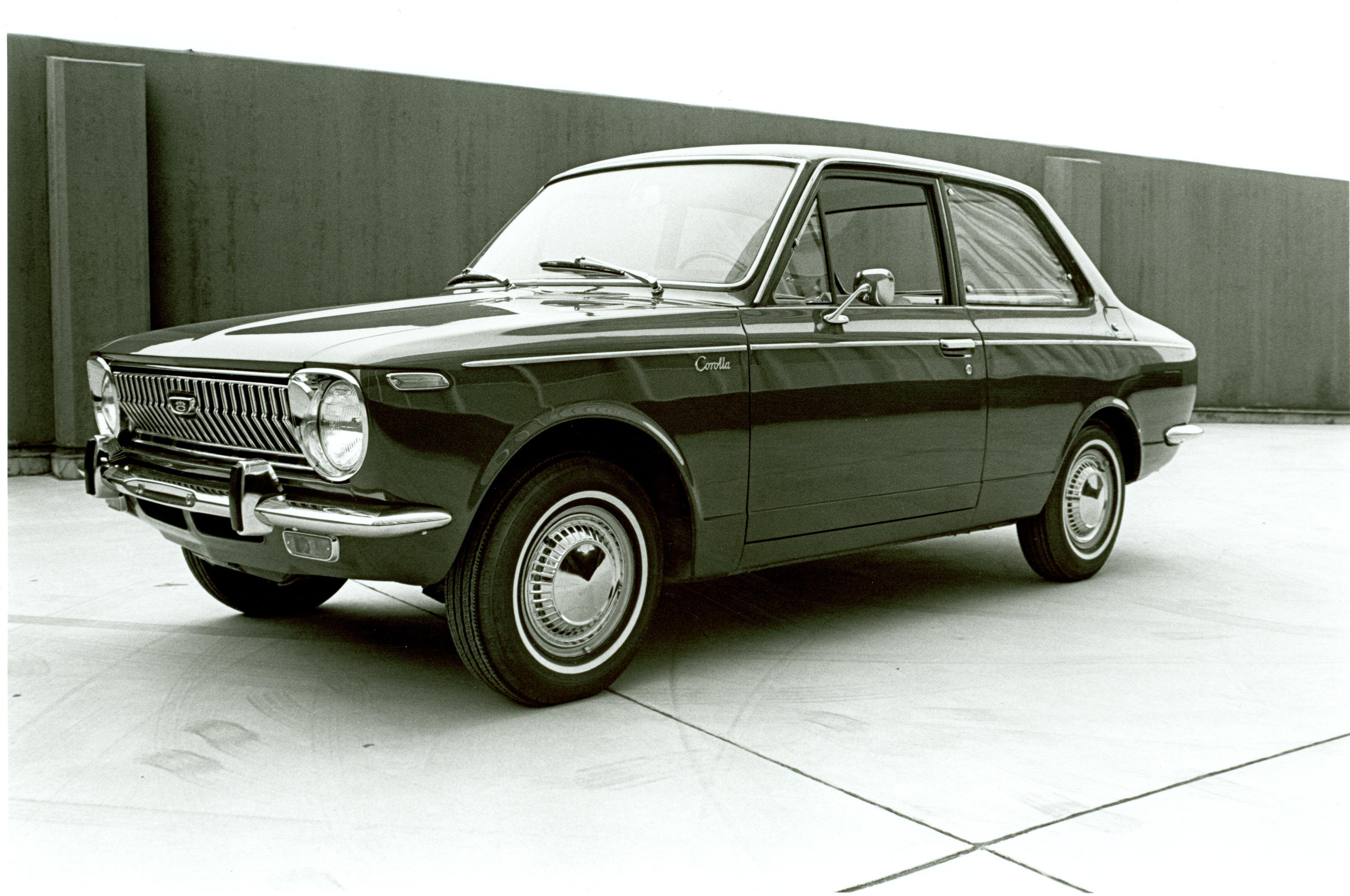 1969_Toyota_Corolla_001