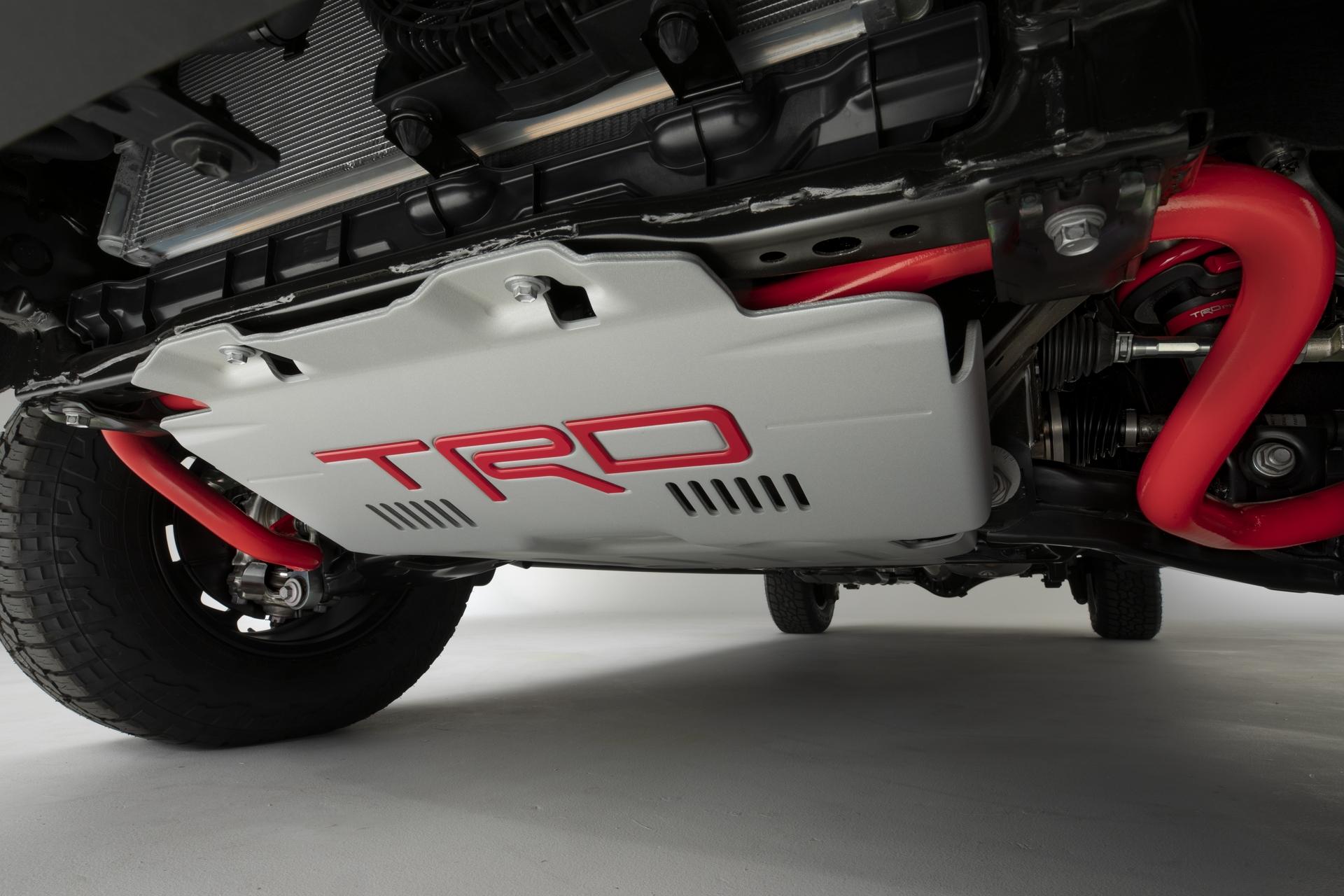 2022_Toyota_Tundra_Teaser_8-10_001