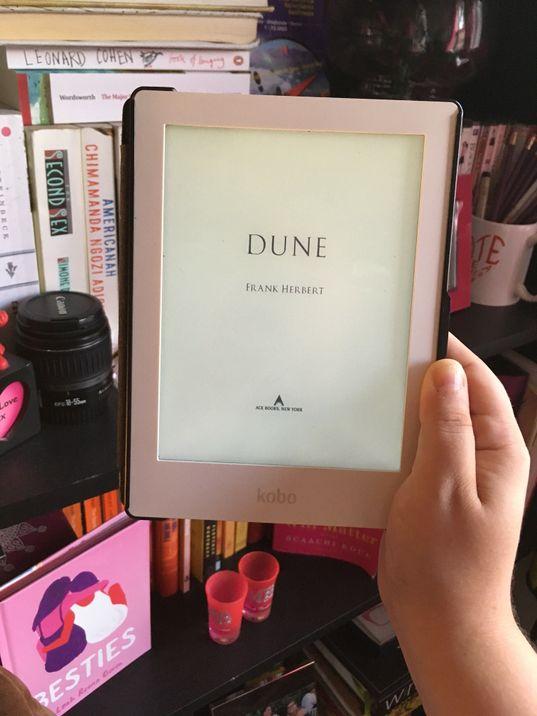 Dune-Jenn's Bookshelf