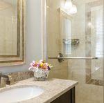 Carolina East Wing Guest Room Bath