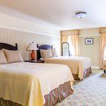 Holly Inn - Bedroom
