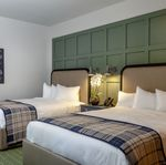 Traditional Double Queen Guest Room_2