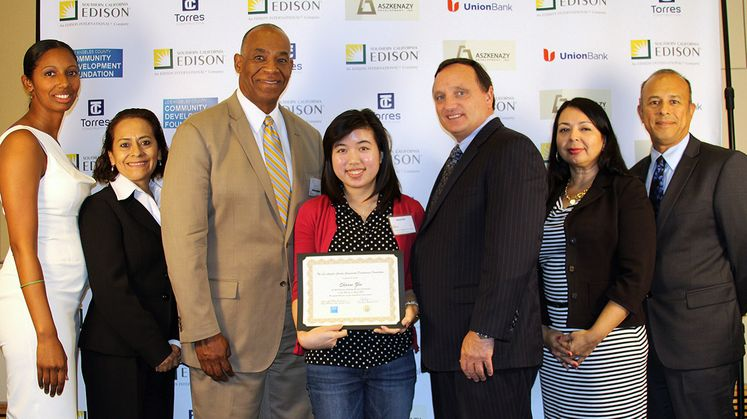 Sharon Zhu - CDF Scholarship Winner