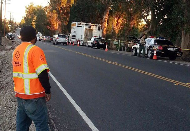 moorpark women Moorpark, calif (ap) - a tanker truck hit a car carrying a woman and two children on a ventura county highway, killing a 9-year-old boy and seriously injuring a 7-year-old girl and both drivers .