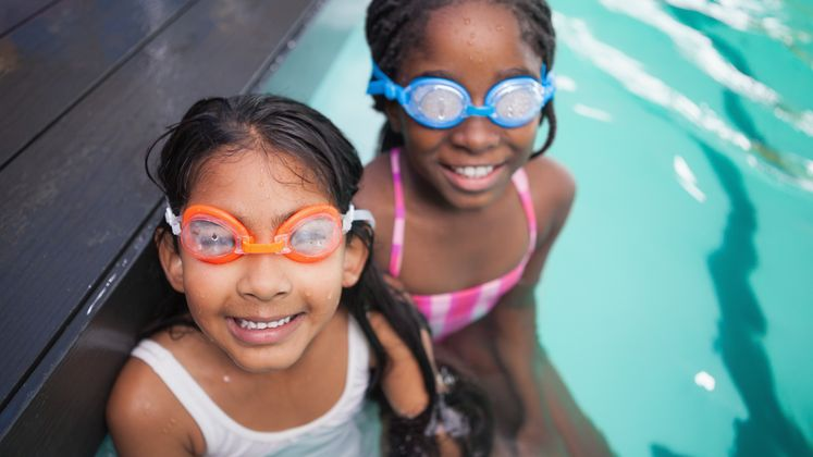 今年夏天游泳安全的六點提示