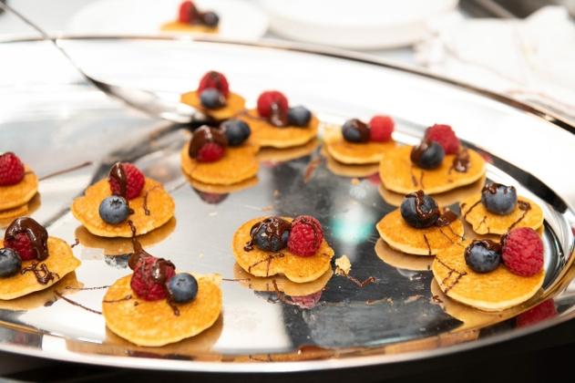 mini pancakes