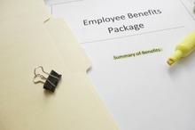 Employer mandate: big savings may prompt shift from corporate to individual plans in 2015 (Report)