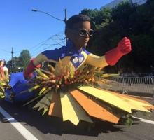 Floats, bands get Grand Floral Parade awards