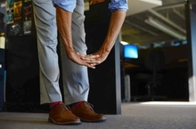 5 simple ways to engage employees in a wellness program