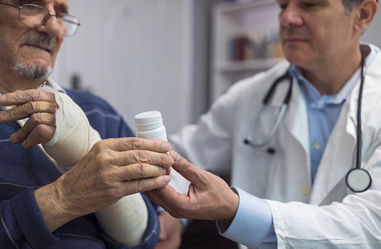 Regence creates conversation guide to help patients talk to doctors about opioids