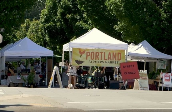 Addressing food insecurity at Oregon farmers markets