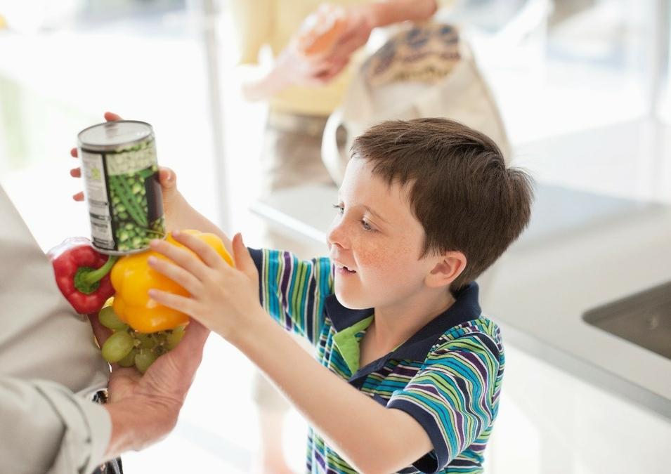 Regence employees raise money to address food insecurity