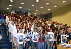 SACNAS members and L.A. Unified students