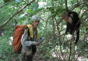 Susan Perry and capuchin monkey