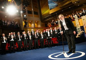 Click to open the large image: Lloyd Shapley accepts Nobel