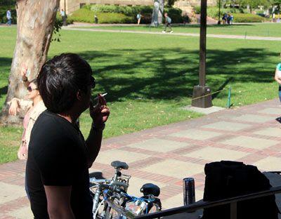 student-smoking-400
