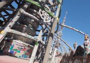 Click to open the large image: Watts Towers screenshot 6