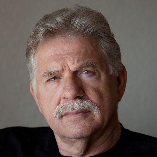 Daniel Neuman portrait photograph