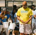 Faculty, staff sought to help lead UCLA Volunteer Day, Sept. 29