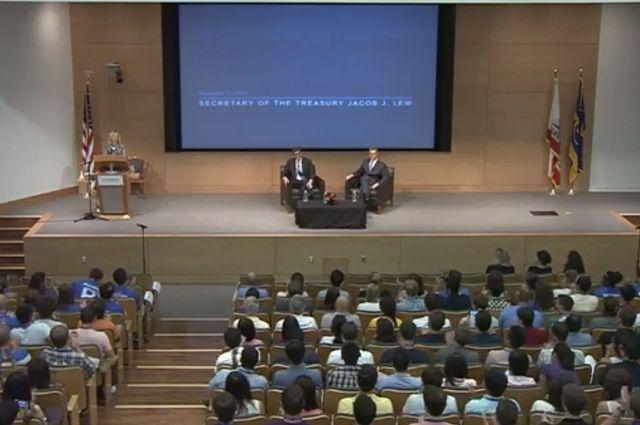 U.S. Secretary of the Treasury Jack Lew visits UCLA Anderson