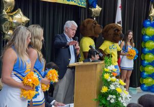 Click to open the large image: Volunteer Day 2014 Chancellor speaks at LA Elementary School