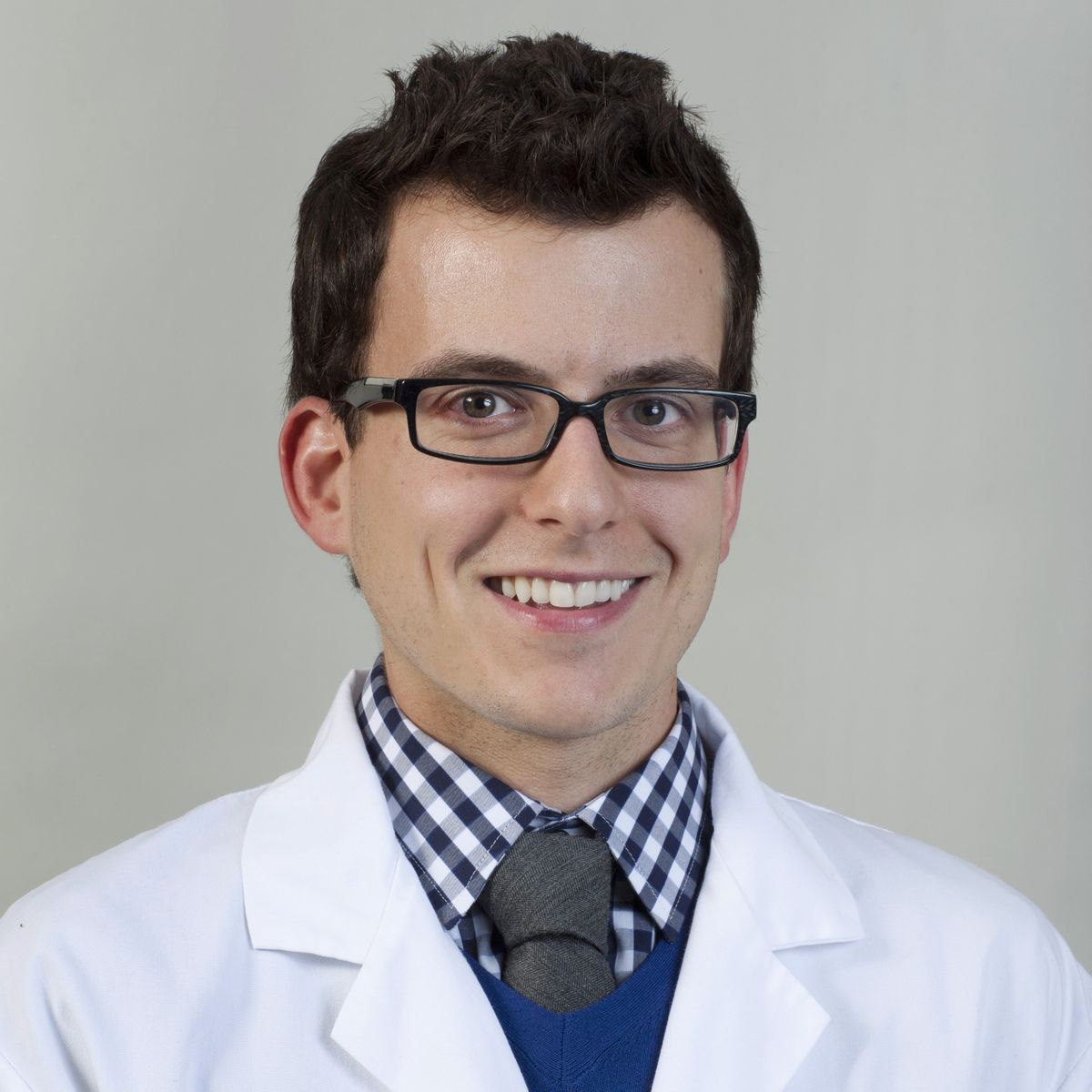 Dr. Aaron Laviana