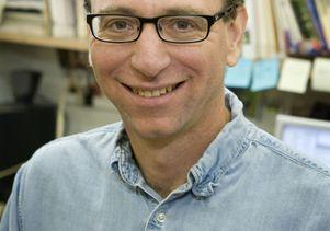 Daniel Blumstein