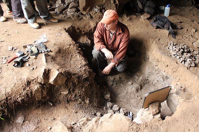 Mota Cave Matthew Curtis working
