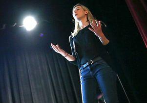 Jessica Schwartz in class