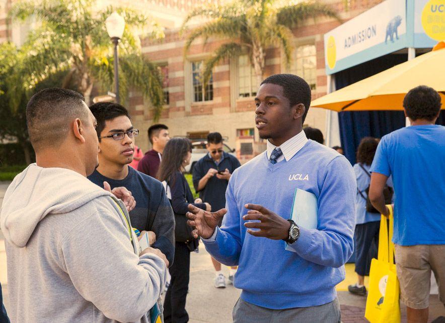 UCLA Bruin Day participants