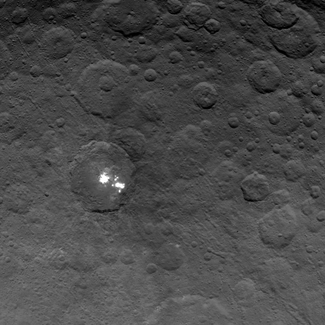 Ceres has bright spots