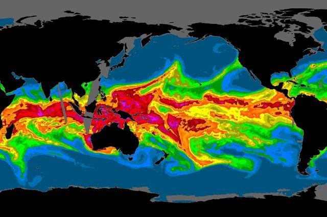 Atmospheric river flows into California