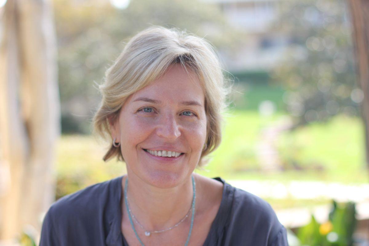 Dr. Kelsey Martin