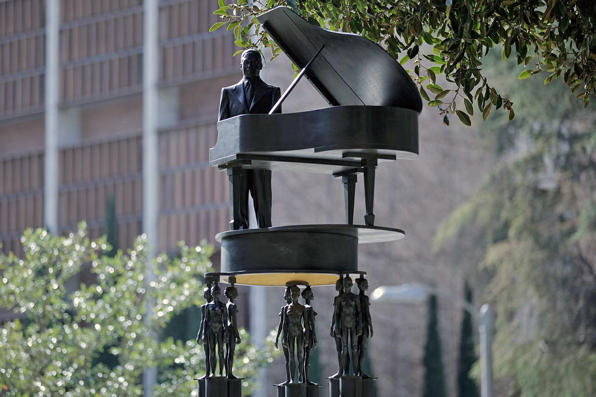 Duke Ellington sculpture