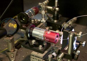 Photonic time stretch microscope