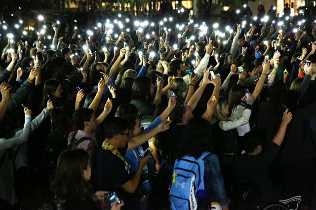 Saluting with light
