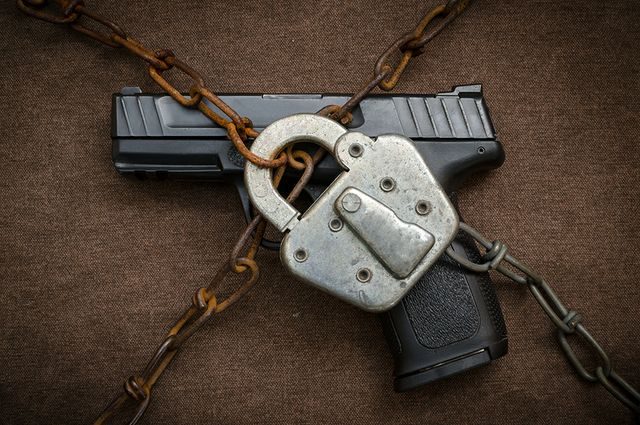 Gun and lock