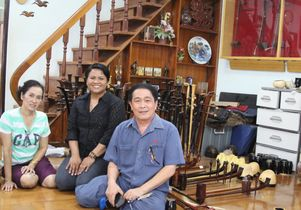 Click to open the large image: Supeena Adler and Manoch Phudphong