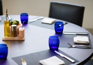 Table setting Luskin Conference Center