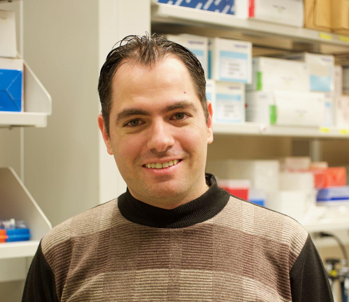 Dr. Rami Alrezk